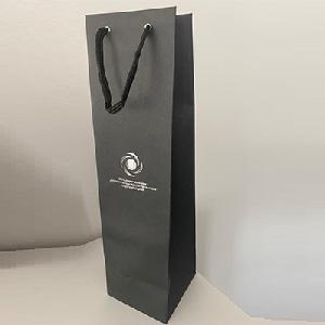 Печать бумажных пакетов под бутылку на заказ